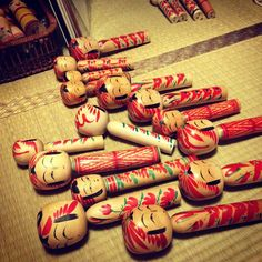 "@higouti's photo: ""明日こけし撮影で鎌倉に持っていくこけしを選別中。 おおもうこんな時間…"""