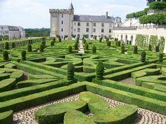 Chateau Villandry Gardens  splendorsofeurope.com