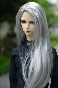 The wig suit for Ball-jointed Doll. Boys Long Hairstyles, Wig Hairstyles, Straight Hairstyles, Ball Jointed Dolls, Beautiful Gorgeous, Beautiful Dolls, Long Gray Hair, Long Wigs, Doll Hair