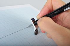 Cool idea. Straight line drawing apparatus.