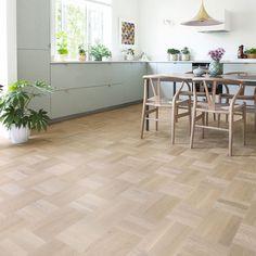 Tarkett Noble Ek Scandinavia Hårdvaxolja – Parkettgolv - home/mobel Parquet Flooring, Floors, Scandinavian Kitchen, Tile Floor, Art Deco, Living Room, Inspiration, Decor, Google Shopping