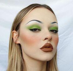 10 Most Creative Makeup Ideas That Are Trending Makeup Goals, Makeup Inspo, Makeup Art, Makeup Inspiration, Makeup Tips, Beauty Makeup, Hair Makeup, Red Makeup, Beauty Dupes