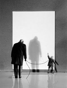 However, photographer Gilbert Surrealism Photography, Conceptual Photography, History Of Photography, Photography Projects, Gilbert Garcin, Classic Photographers, Elliott Erwitt, Image Fun, Magritte