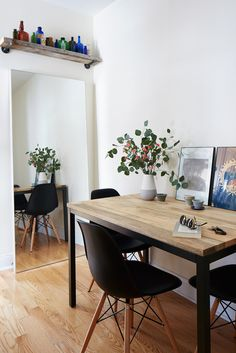 Moving In Together: Finishing Touches for a Small Space