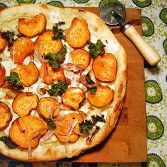 #PizzaTuesday Sweet Potato & Kale #Pizza: Buffalo mozzarella, oven-roasted sweet potatoes & red onions, fresh kale tossed in balsamic vinegar, fresh rosemary
