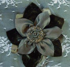 fabric flower pin www.emilysgarden.com