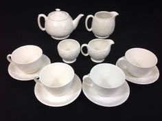 Pottery Barn 16-Piece Dinnerware SET for FOUR Suppertime Form ...