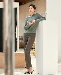 Jun Ji Hyun, Korean Women, Normcore, Actresses, Suits, Hair Styles, Fashion, Female Actresses, Hair Plait Styles
