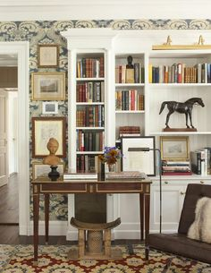 """The art of bookcase styling - David Netto design - The """"centerpiece"""" leather racehorse was found in London. Unique Bookshelves, Built In Bookcase, Bookcases, Bookshelf Ideas, Simple Bookshelf, Office Bookshelves, Book Shelves, Interior Exterior, Interior Design"""