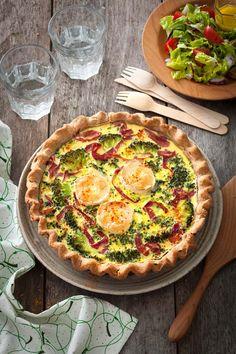 Photo de la recette: Tarte au chèvre frais, viande de grison et brocolis