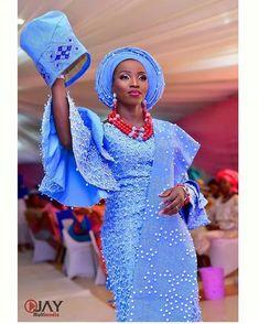 She finally found who the cap fits #Asoebi #AsoebiSpecial #Weddings Photo @ojaymultimedia