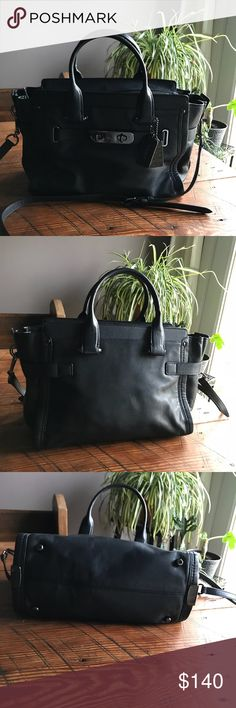 4210db1af6d3 Authentic Coach Swagger with shoulder strap Gorgeous Authentic Coach navy  leather purse with hand straps and
