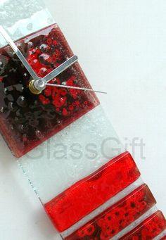 relógio p/ parede em vidro, pintado a mão cor predominante: vermelho escuro tam 41 x 10  PEÇA EXCLUSIVA R$69,00