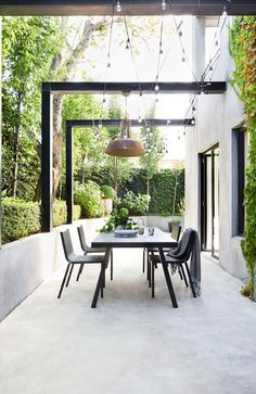 Outdoor gardens Garden Outdoor pergola Courtyard garden Outdoor inspirations Outdoor patio - Decorate the terrace nicely with fairy lights - Outdoor Decor, Pergola Designs, Building A Pergola, Outdoor Patio Decor, Outdoor Lighting, Garden Design, Outdoor Furniture Sets