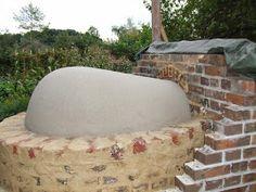 In het voorjaar van 2013 heb ik het plan opgevat een bakoven in de tuin te gaan bouwen. Aangezien ik geen bouwkundige achtergrond heb, heb i...