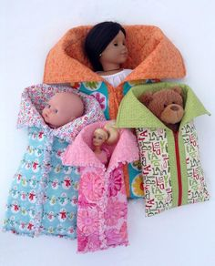 Slumber Party Sleeping Bags Playtime friends are all snuggled up in cozy sleeping bags, ready for a camp-out or slumber party! 4 sizes Large (fits Doll) x Medium (fits Doll) x Small (fits Doll) x Slim (fits fashion doll x Sewing Doll Clothes, Baby Doll Clothes, Sewing Dolls, Barbie Clothes, Doll Crafts, Diy Doll, Sewing For Kids, Baby Sewing, Girl Dolls