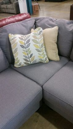 pillows that come with the chamberly sectional