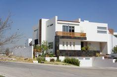 Fachadas de Casas que hemos construido en Guadalajara www.TuCasaEnGuadalajara.com