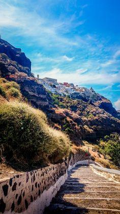 Steps to the port, Fira, Santorini