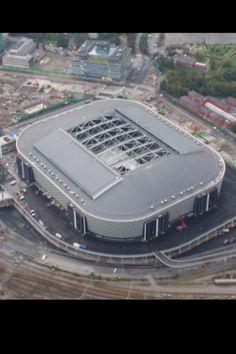 Friends Arena. 51.000 pers. Solna, Suecia. Sede de la seleccion sueca y del AIK. Abierto en 2012.