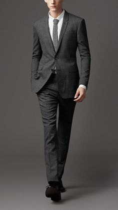 I love this Burberry suit. of course it wouldn't look as good on me as it does the tall, skinny model. Wedding Men, Wedding Suits, Mens Suit Colors, Great Clothes For Men, Suit Fashion, Mens Fashion, Burberry Suit, Charcoal Suit, Look Formal