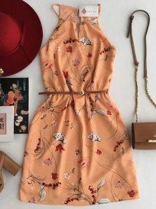 Vestido Feminino Neoprene, Estampa Floral e Poá, detalhes em preto e Off White com preços Exclusivos de Preview Outono.