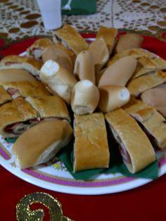 Rico pan de jamón y banquete. <3<3<3<3<3<3<3<3<3<3<3