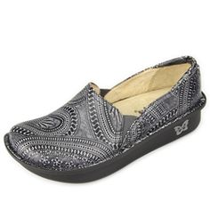 Click here for AlegriaShoeShop.com and theWild West Ash PRO by Alegria Shoes. | Comfort, style, replaceable insoles & FREE SHIPPING everyday!