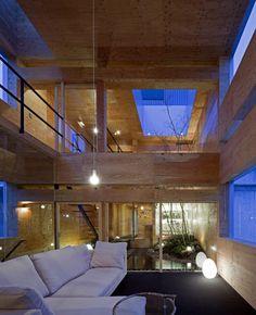 Machi-Building / UID Architects