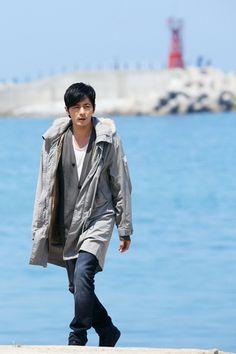 http://cnbjonghyun.tumblr.com/post/24232563641/a-gentlemans-dignity-episode-3-photo-stills