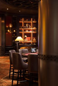 Located at the MGM Grand Hotel and Casino, Las Vegas. Designed by Studio Munge; architecture by Moser Architecture Studio. Lounge Club, Hotel Lounge, Bar Lounge, Restaurant Design, Restaurant Bar, Stone Mansion, Public Hotel, Lobby Bar, Whisky Bar