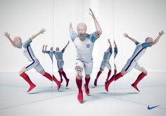 #cgi #advertising #design #CGImodelling #texturing #character #retouching #nike #sports #mannequin #mirror #kit #run