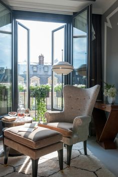 Parisian bolthole puts the emphasis back on savouring seclusion with its luxurious guest rooms and suites...