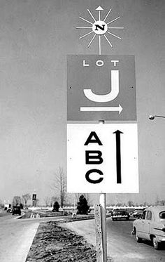 Signage for Northland Shopping Center, Detroit by Alvin Lustig (1950).