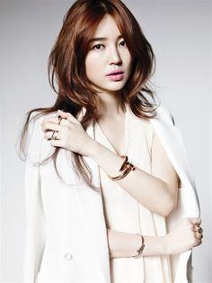 Eun Yoon Hye for Cartier