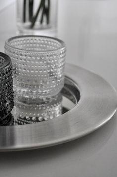 at home by rita | iittala Kastehelmi | Sarpaneva Steel tray