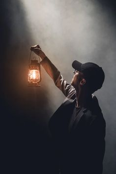 Photo by Severin Höin on Unsplash Photography Poses For Men, Dark Photography, Creative Photography, Lantern Drawing, Hd Photos, Stock Photos, Gas Lanterns, Animated Love Images, How To Play Drums