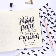 Inspirational Phrases, Motivational Phrases, Happy Thoughts, Positive Thoughts, Lettering Brush, Meant To Be Quotes, Bullet Journal Tracker, Lettering Tutorial, Calligraphy Letters