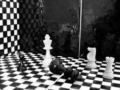 Scacchi #TradizionidiStile Ceramica Vietri Antico #BlackandWhite