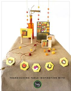 How to make Thanksgiving table decorations out of Thanksgiving cards.