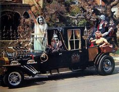 The Munster Mobile. The Munsters, Munsters Tv Show, Frankenstein, Classic Movies, Classic Cars, Classic Tv, Hot Rods, Cabrio, Concept Cars