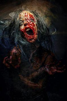 Women of Horror and Violence Fantasy Demon, Dark Fantasy, Fantasy Art, Arte Horror, Horror Art, Horror Movies, Zombie Kunst, Zombie Art, Creepy Clown