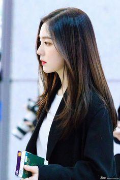 Irene Red Velvet, Asian Girl, Korean Girl, Redvelvet Kpop, Rapper, Beautiful Gorgeous, Airport Style, Seulgi, Korean Beauty