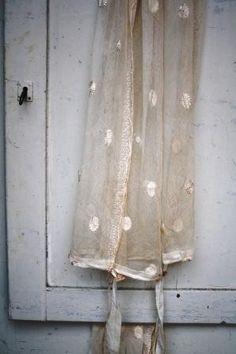 House Of The Rising Sun, Vintage Romance, Textiles, Beautiful Mind, Beautiful Things, Wedding Photo Inspiration, Wabi Sabi, Pastel Colors, Shabby Chic