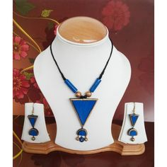 Terracotta Tribal Jewelry Set - Online Shopping for Jewellery Sets by Amriti Funky Jewelry, Tribal Jewelry, Jewelry Shop, Handmade Jewelry, Jewelry Making, Quilling Jewelry, Jewelry Crafts, Jewelry Art, Jewelry Design