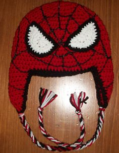 Crochet Toys For Boys Free Crochet Spider-Man Hat Pattern - Bonnet Crochet, Crochet Beanie, Knitted Hats, Crochet Monkey, Crochet Crafts, Crochet Toys, Free Crochet, Knitting Patterns, Crochet Patterns