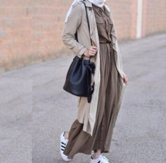 Hijab style with sneakers – Just Trendy Girls