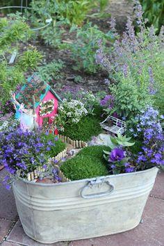 Affordable DIY Fairy Garden Ideas (15)