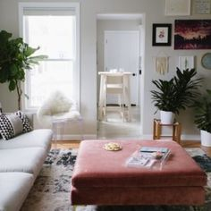 Lifestyle blogger and designer, Chrissy McDonald, shows us how to make 500 square feet look like a million bucks in Sausalito, California.