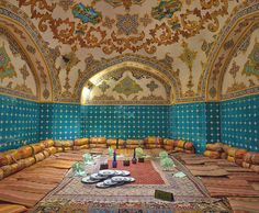 One of the rooms of Malek Soltan Jarchi Bashi Restaurant, in Bagh-e Ghalandarha Alley, Isfahan, Persia (Iran)  یکی از اتاقهای سفرهخانه ملک سلطان جارچیباشی در کوچه باغ قلندرها در شهر اصفهان، ایران   تمام حقوق محفوظ است ©